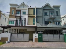 freehold 3 storey semi detached house for sale in tasek square