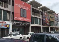 3 storey shop lot at malim cheng. melaka non bumi lot