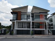 semi-detached house for sale - 3 sty semi d cluster with basement in ipoh south precinct ipoh