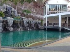 luxury bungalow house for sale undermarket price rent